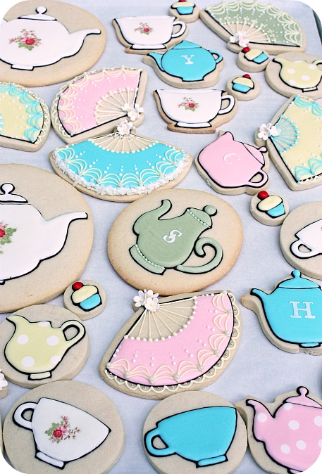 tea-party-royal-icing-cookies